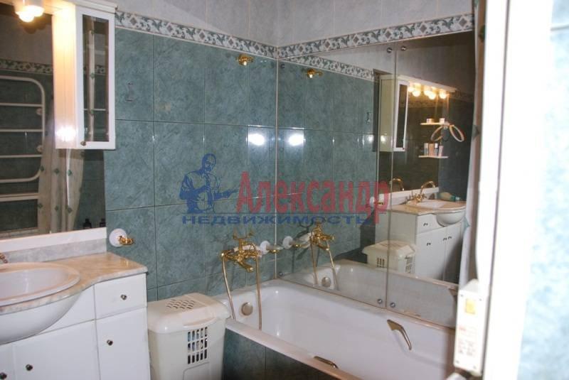 3-комнатная квартира (86м2) в аренду по адресу Суворовский пр., 56— фото 5 из 7