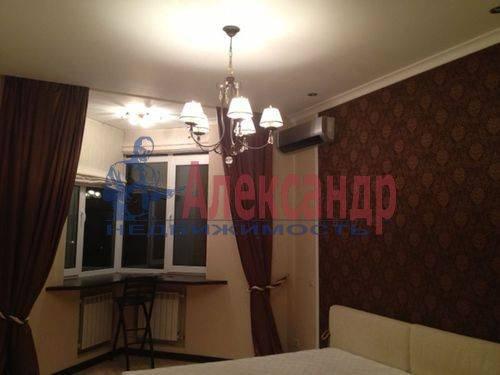 3-комнатная квартира (130м2) в аренду по адресу Савушкина ул., 125— фото 3 из 8