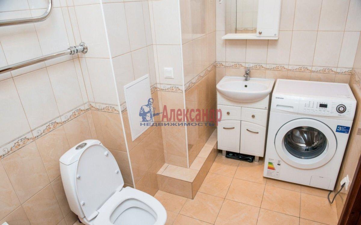 1-комнатная квартира (31м2) в аренду по адресу Зины Портновой ул., 11— фото 3 из 4