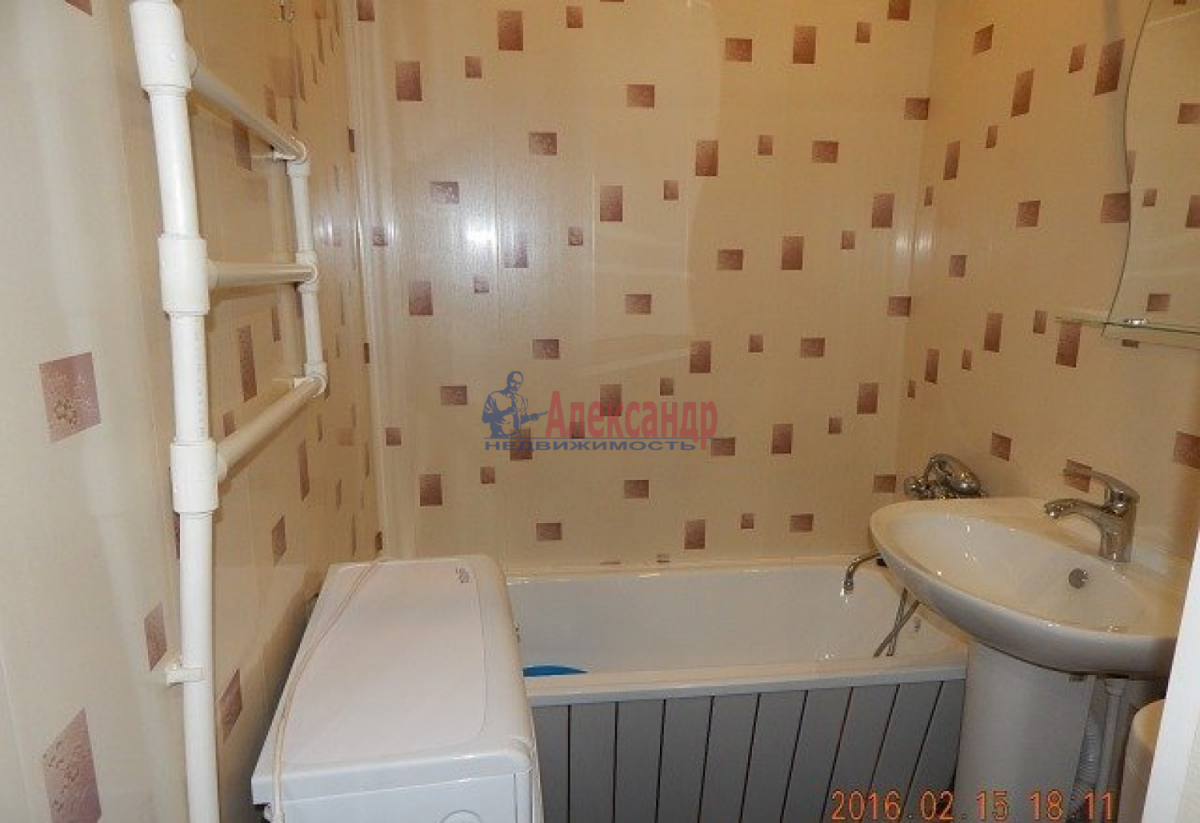 1-комнатная квартира (33м2) в аренду по адресу Белградская ул., 24— фото 8 из 8