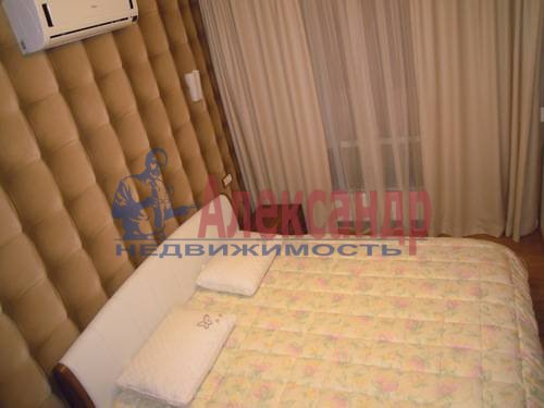 2-комнатная квартира (80м2) в аренду по адресу Свердловская наб., 58— фото 11 из 14