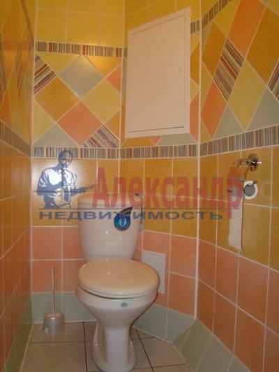 2-комнатная квартира (73м2) в аренду по адресу Коллонтай ул., 17— фото 4 из 4