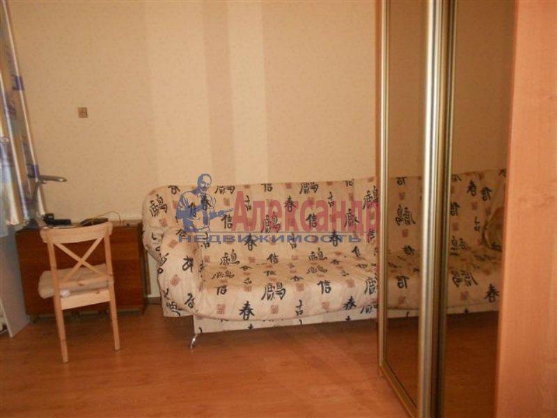 1-комнатная квартира (33м2) в аренду по адресу Малая Балканская ул., 26— фото 1 из 8