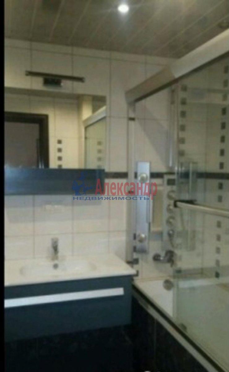1-комнатная квартира (40м2) в аренду по адресу Стачек пл., 24— фото 3 из 3