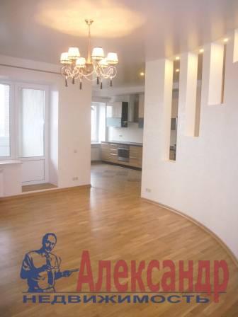 2-комнатная квартира (90м2) в аренду по адресу Энгельса пр., 93— фото 1 из 5
