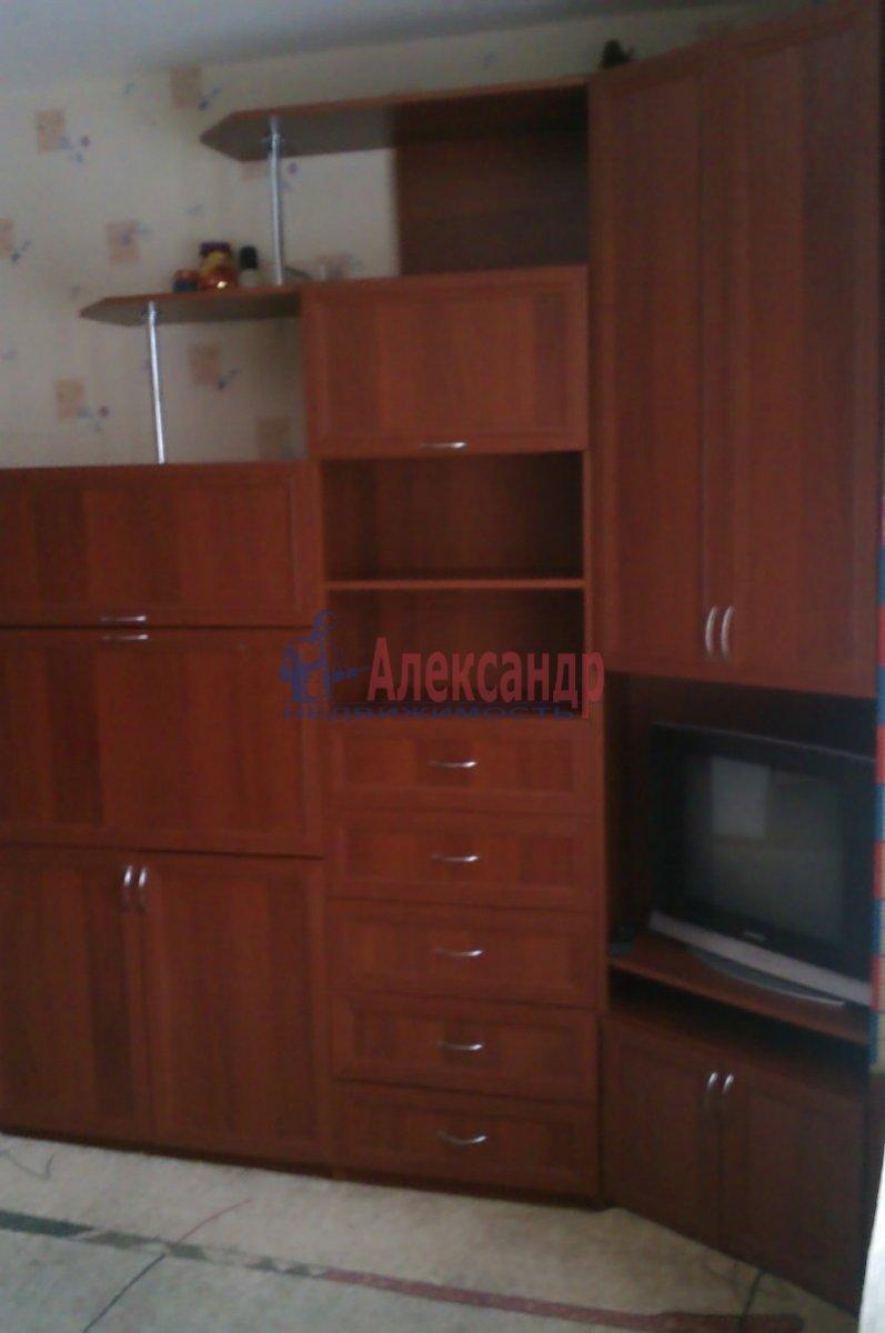 2-комнатная квартира (58м2) в аренду по адресу Пушкин г., Кадетский бул.— фото 3 из 4
