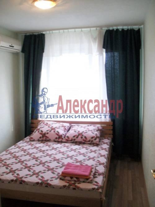 2-комнатная квартира (58м2) в аренду по адресу Орджоникидзе ул., 53— фото 4 из 6