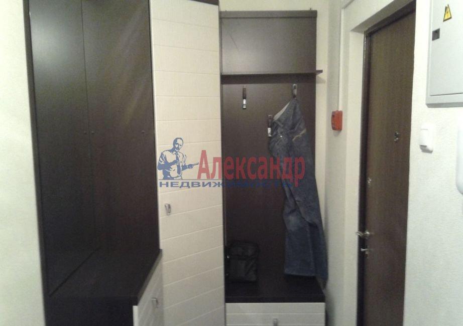 Комната в 3-комнатной квартире (76м2) в аренду по адресу Бухарестская ул., 23— фото 3 из 5