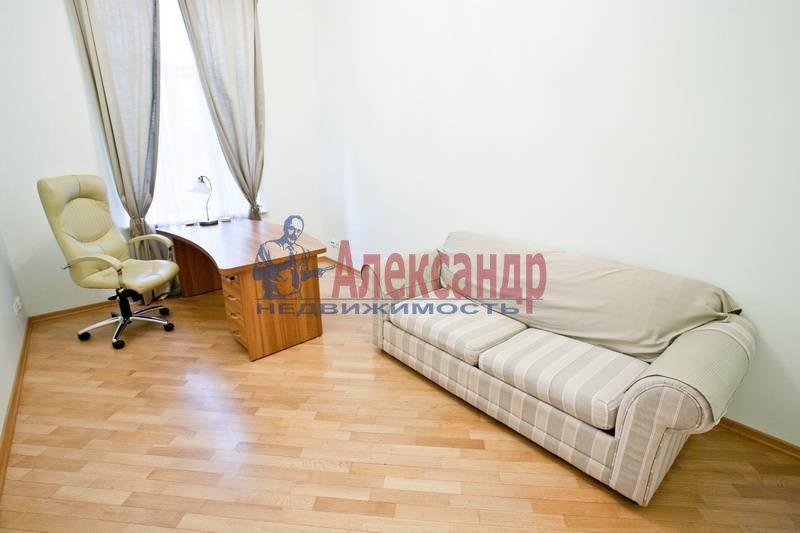 3-комнатная квартира (75м2) в аренду по адресу Большая Конюшенная ул., 6— фото 4 из 10
