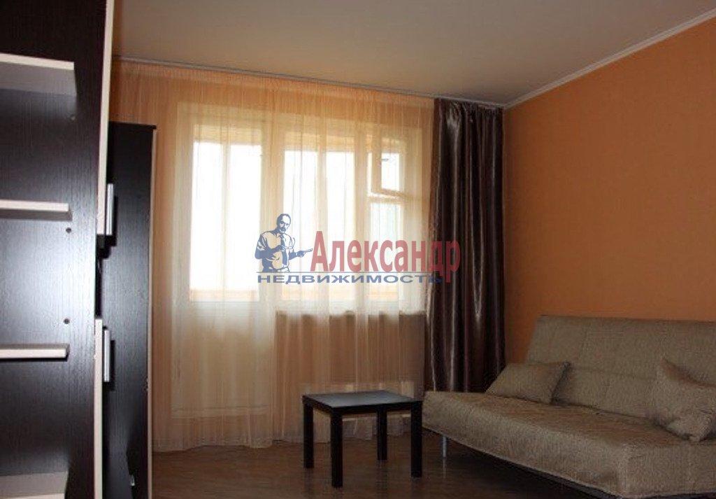 2-комнатная квартира (65м2) в аренду по адресу Героев пр., 26— фото 1 из 3