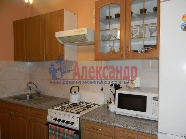 Комната в 3-комнатной квартире (67м2) в аренду по адресу Черняховского ул., 35— фото 2 из 3