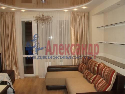 2-комнатная квартира (61м2) в аренду по адресу Выборгское шос., 17— фото 1 из 5