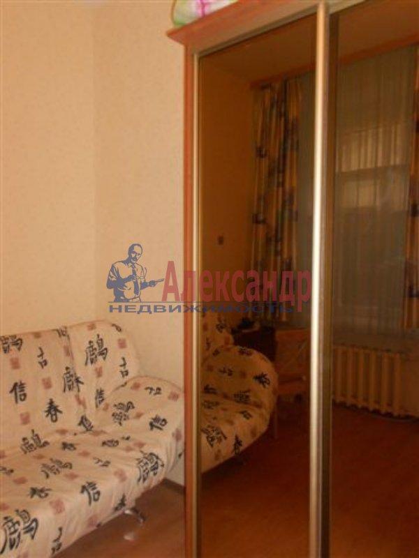 1-комнатная квартира (33м2) в аренду по адресу Малая Балканская ул., 26— фото 2 из 8