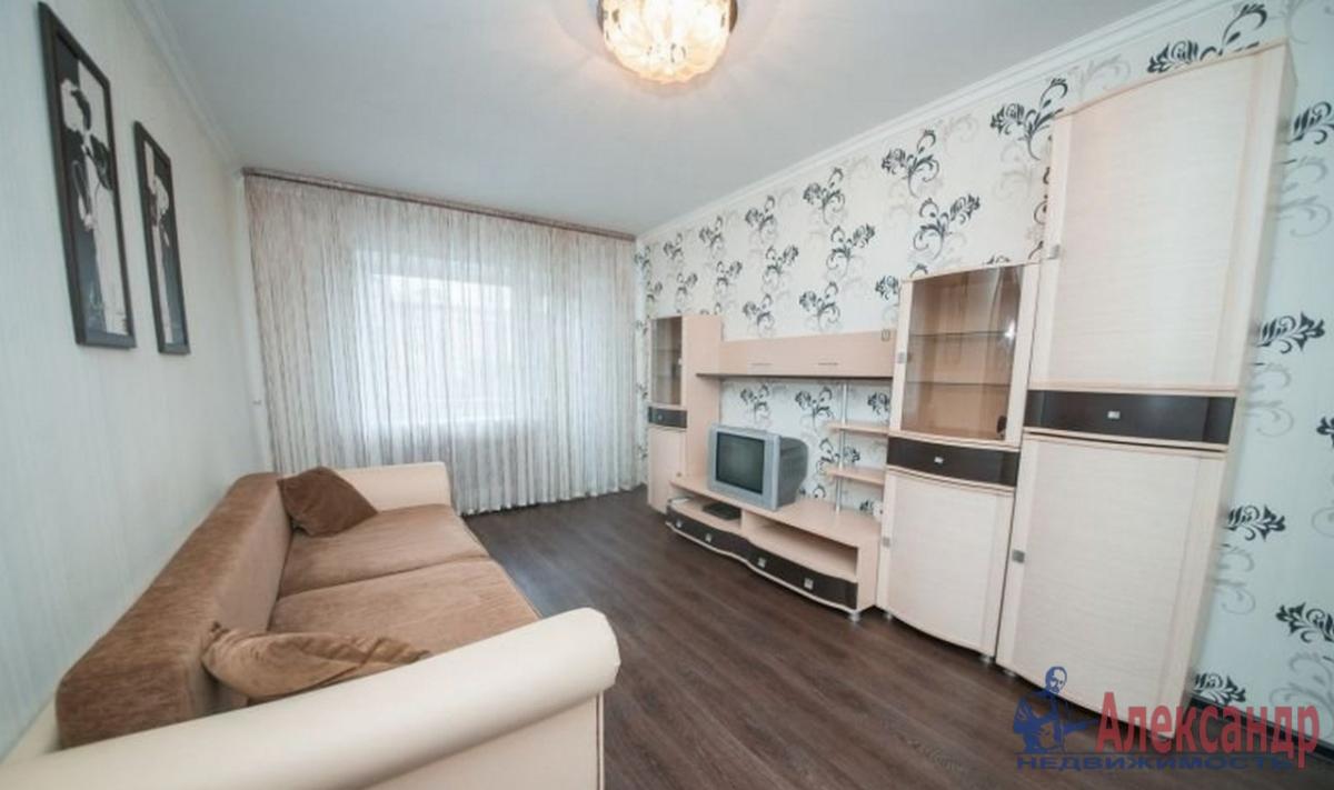 1-комнатная квартира (48м2) в аренду по адресу Кременчугская ул., 11— фото 1 из 2