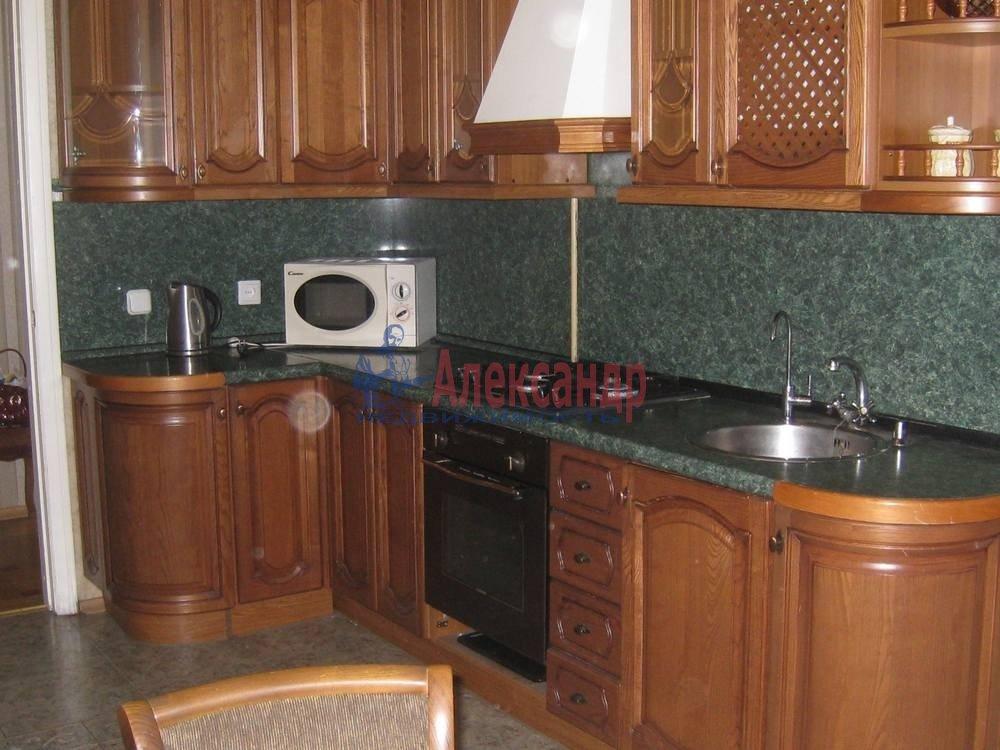 4-комнатная квартира (96м2) в аренду по адресу Гагаринская ул., 16— фото 2 из 4