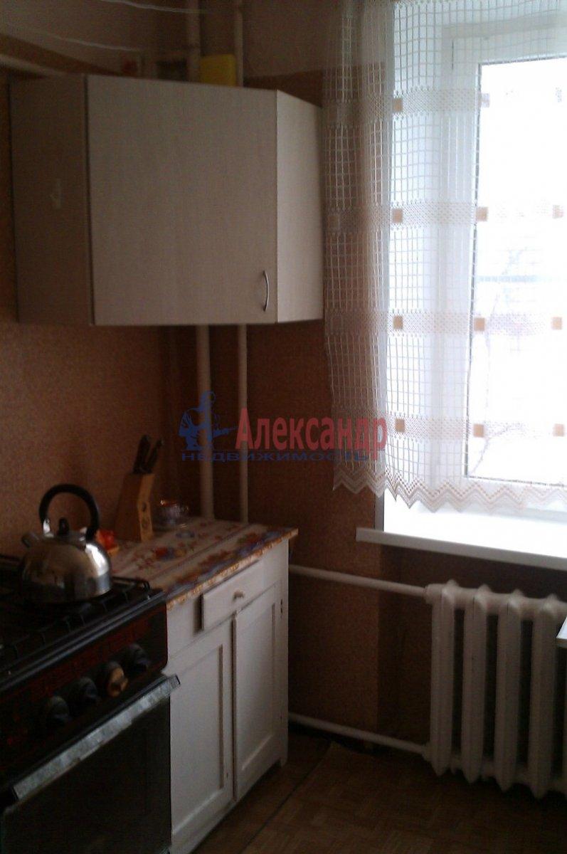 2-комнатная квартира (58м2) в аренду по адресу Пушкин г., Кадетский бул.— фото 4 из 4