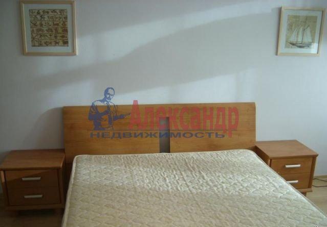 2-комнатная квартира (50м2) в аренду по адресу Комендантский пр., 16— фото 3 из 4