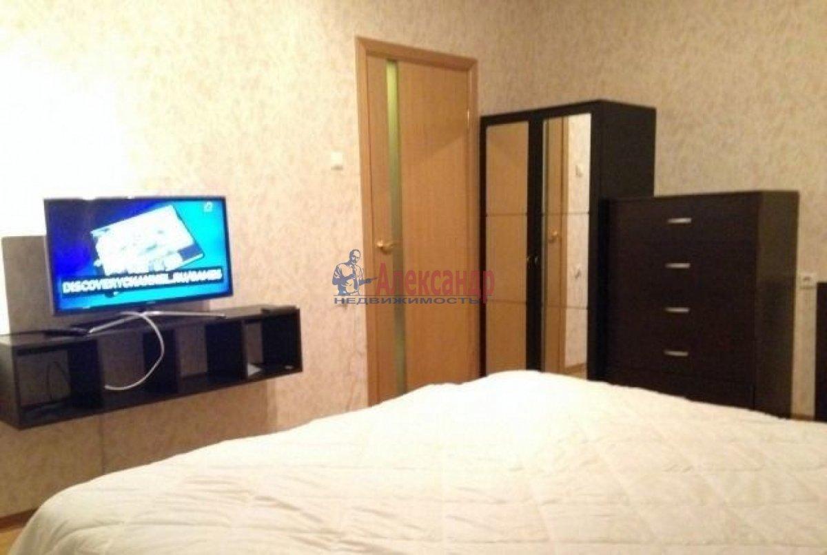 1-комнатная квартира (36м2) в аренду по адресу Варшавская ул., 23— фото 2 из 5