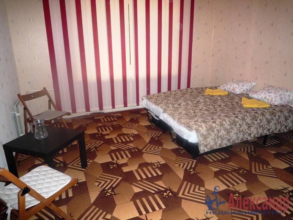 3-комнатная квартира (74м2) в аренду по адресу Рубинштейна ул., 15— фото 3 из 4