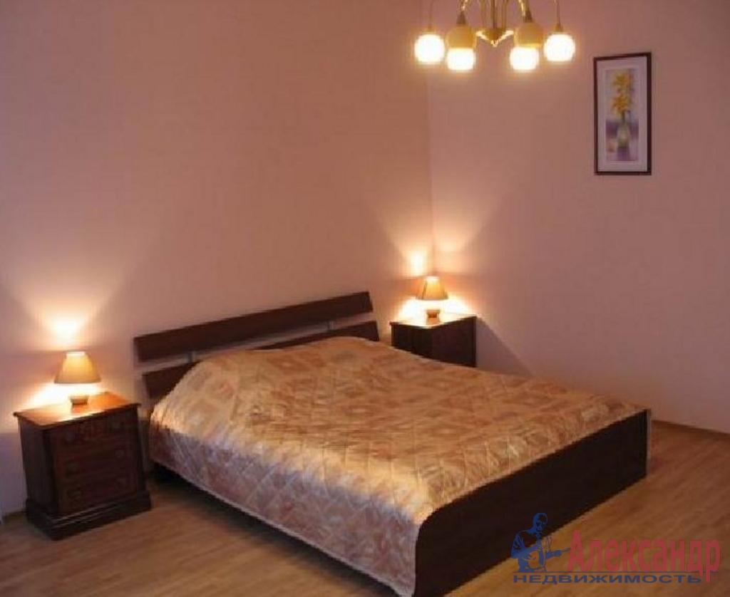 2-комнатная квартира (50м2) в аренду по адресу Мытнинская наб., 7— фото 2 из 3
