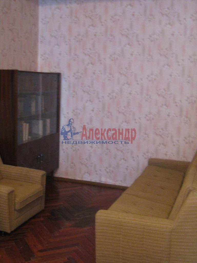 2-комнатная квартира (60м2) в аренду по адресу Кирочная ул., 46— фото 5 из 5