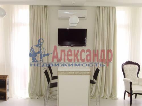 2-комнатная квартира (73м2) в аренду по адресу Корпусная ул., 9— фото 1 из 8