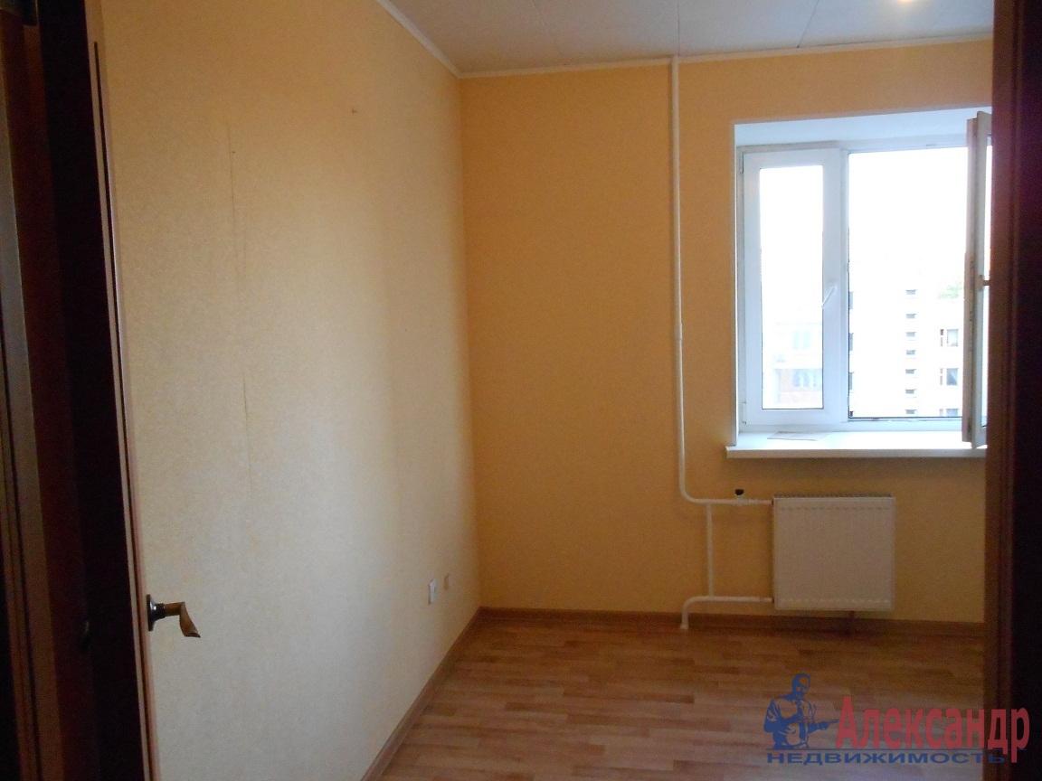 3-комнатная квартира (83м2) в аренду по адресу Камышовая ул., 54— фото 2 из 4