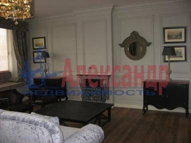 2-комнатная квартира (89м2) в аренду по адресу Динамо пр., 2— фото 2 из 5