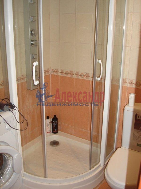2-комнатная квартира (72м2) в аренду по адресу Гражданский пр., 116— фото 9 из 10
