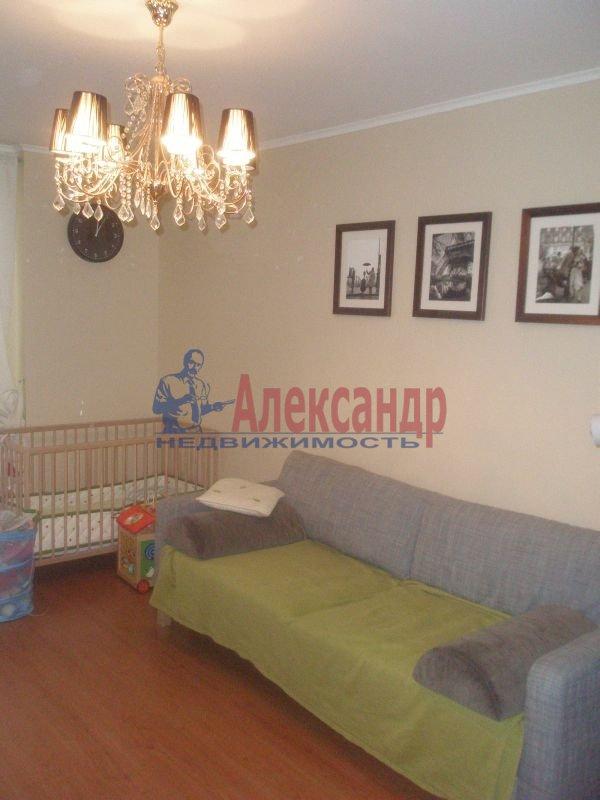 1-комнатная квартира (40м2) в аренду по адресу Алтайская ул., 11— фото 2 из 7