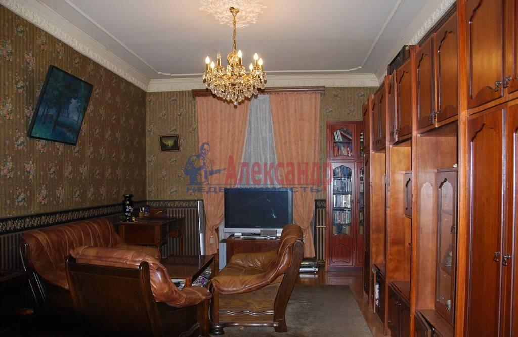 3-комнатная квартира (86м2) в аренду по адресу Суворовский пр., 56— фото 7 из 7