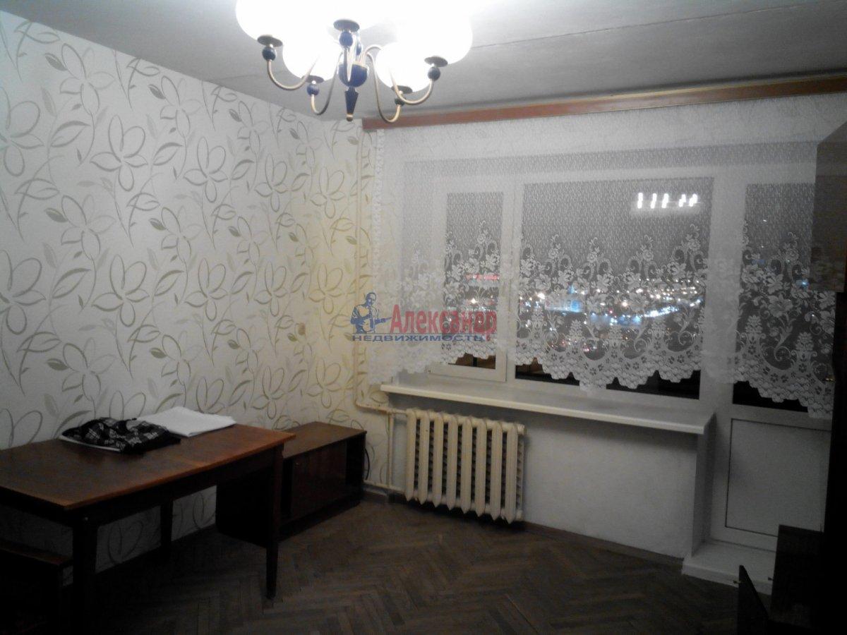 1-комнатная квартира (35м2) в аренду по адресу Большой пр., 10— фото 5 из 10