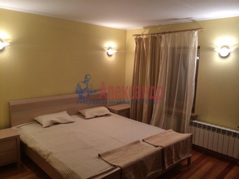 2-комнатная квартира (80м2) в аренду по адресу 2 Никитинская ул.— фото 1 из 3
