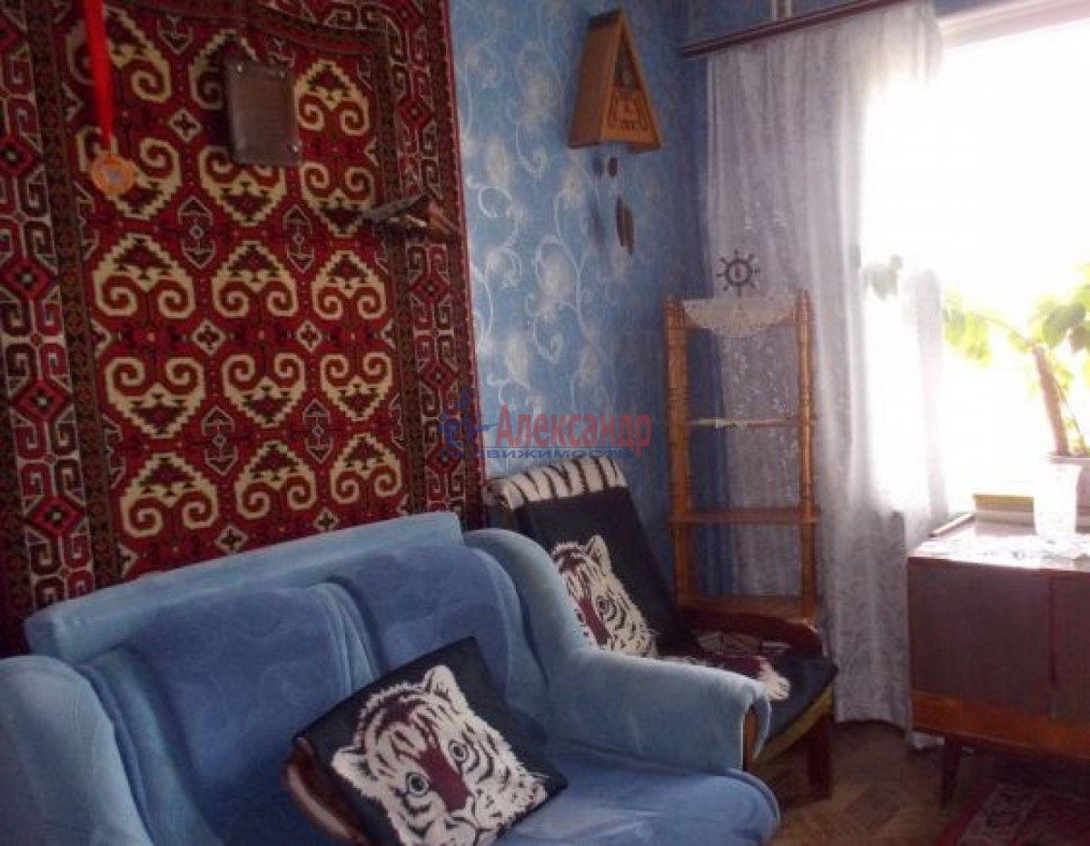 Комната в 2-комнатной квартире (49м2) в аренду по адресу Олеко Дундича ул., 8— фото 1 из 3