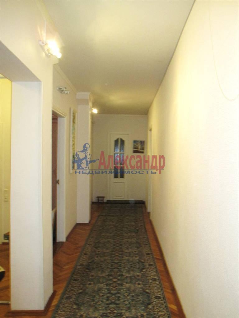 3-комнатная квартира (125м2) в аренду по адресу Мытнинская наб., 1— фото 10 из 16