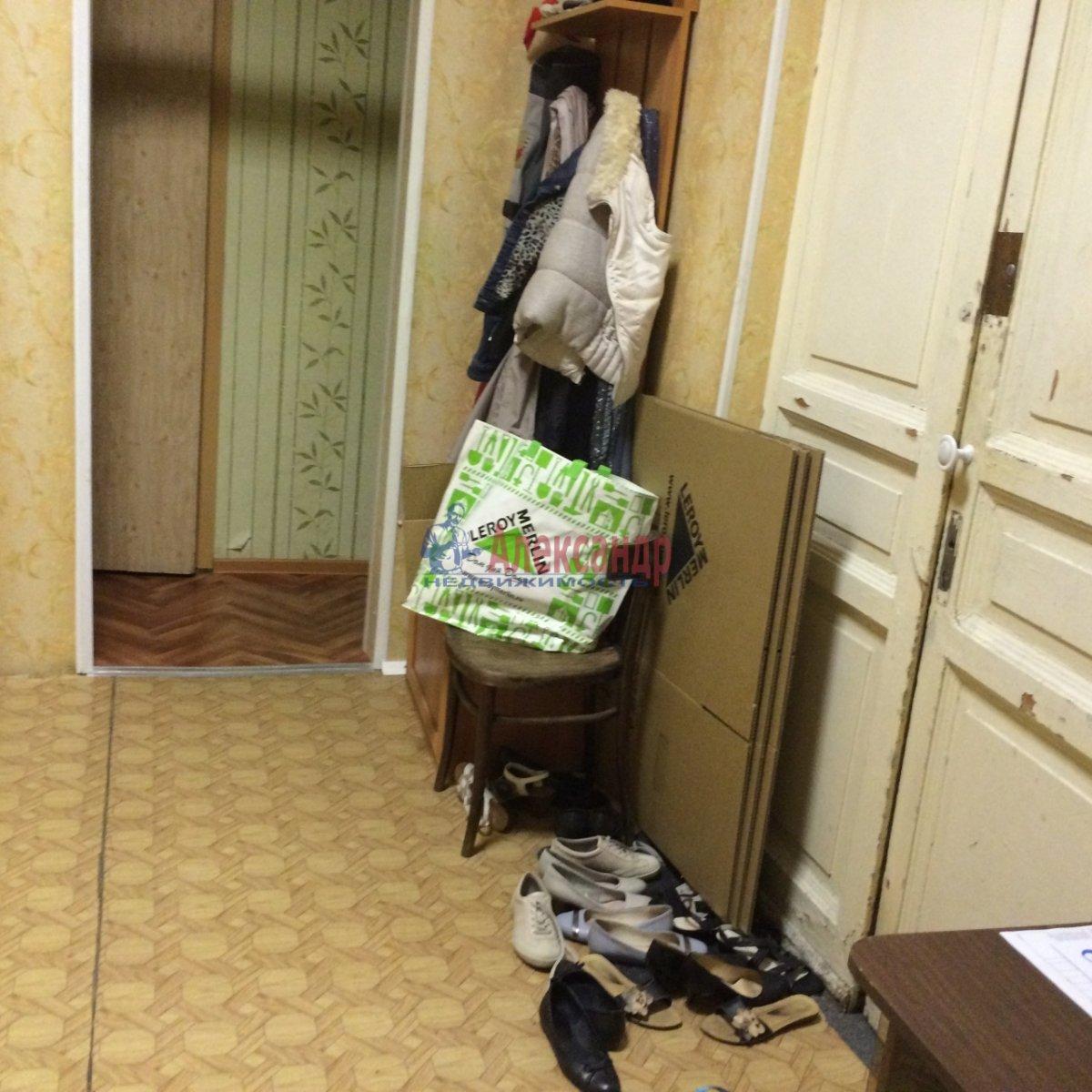 Комната в 4-комнатной квартире (100м2) в аренду по адресу 14 линия В.О., 45— фото 12 из 14