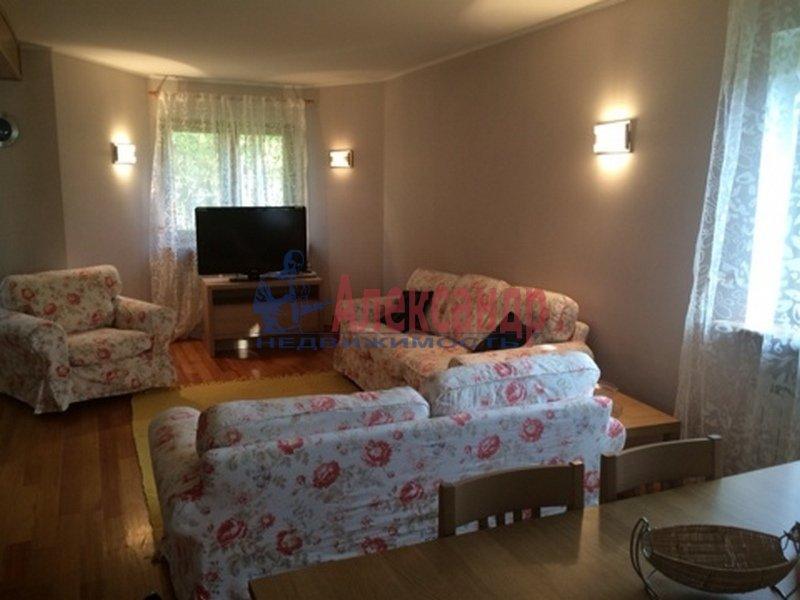2-комнатная квартира (80м2) в аренду по адресу 2 Никитинская ул.— фото 3 из 3