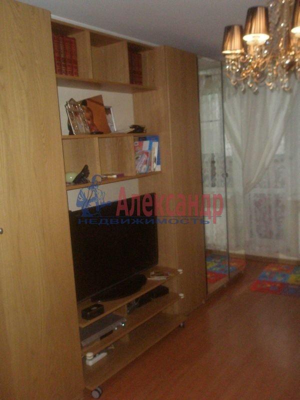 1-комнатная квартира (40м2) в аренду по адресу Алтайская ул., 11— фото 3 из 7