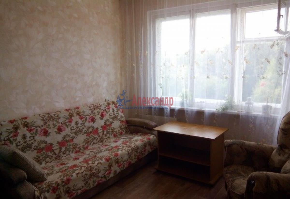 Комната в 2-комнатной квартире (48м2) в аренду по адресу Купчинская ул., 6— фото 1 из 4
