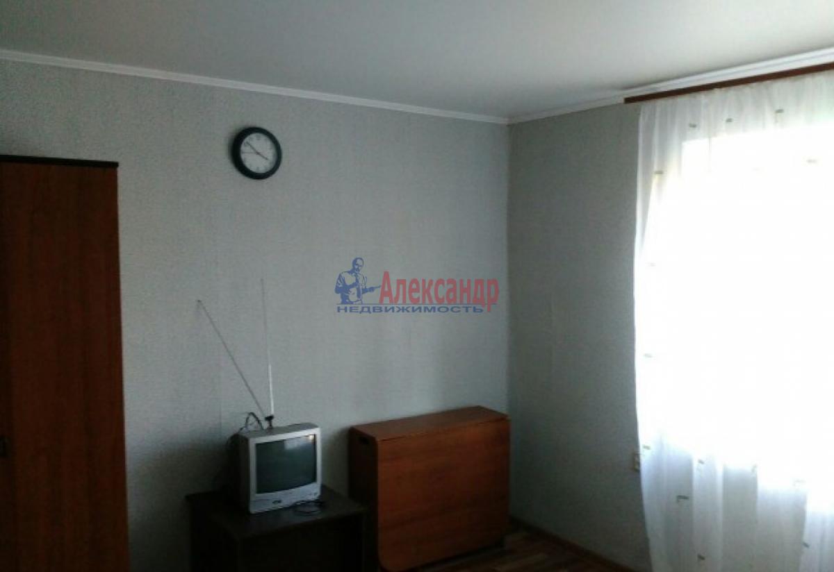 Комната в 4-комнатной квартире (88м2) в аренду по адресу Большой пр., 62— фото 1 из 4