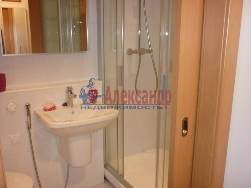 1-комнатная квартира (39м2) в аренду по адресу Новолитовская ул., 4— фото 4 из 4