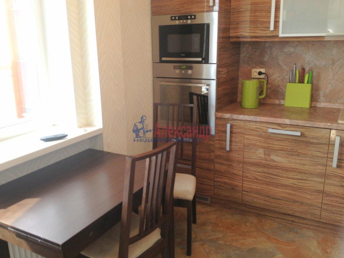 1-комнатная квартира (43м2) в аренду по адресу Коломяжский пр., 15— фото 5 из 6