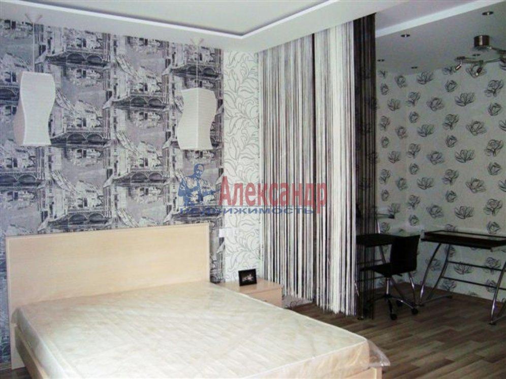1-комнатная квартира (35м2) в аренду по адресу Итальянская ул., 12— фото 1 из 4