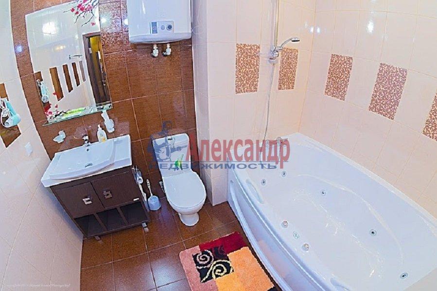1-комнатная квартира (36м2) в аренду по адресу Рашетова ул., 6— фото 1 из 3