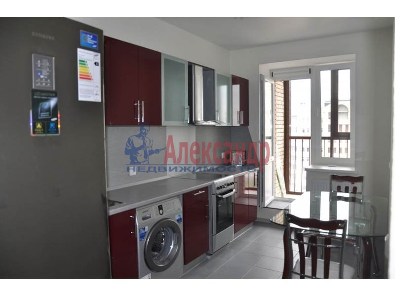 1-комнатная квартира (46м2) в аренду по адресу Большеохтинский пр., 9— фото 1 из 4