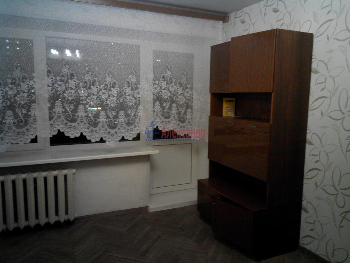 1-комнатная квартира (35м2) в аренду по адресу Большой пр., 10— фото 6 из 10