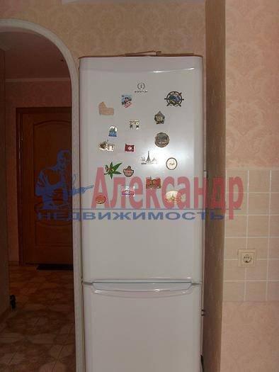 2-комнатная квартира (60м2) в аренду по адресу Бородинская ул., 13— фото 1 из 4