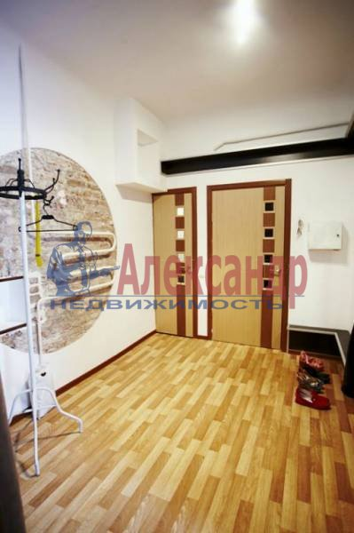 4-комнатная квартира (90м2) в аренду по адресу Загородный пр.— фото 3 из 17