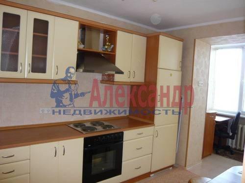 2-комнатная квартира (59м2) в аренду по адресу Богатырский пр., 9— фото 1 из 7