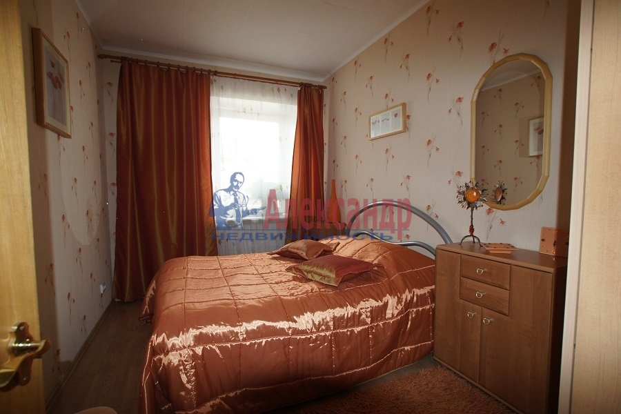 2-комнатная квартира (70м2) в аренду по адресу Лиговский пр., 212— фото 3 из 4